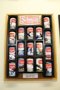 Schmidt Beer Collector Series can display